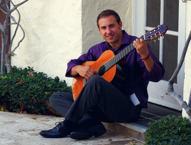 Jonathan Richter guitar in Honolulu
